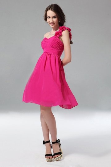Robes fuchsia longue ou courte pour le mariage blog for Robes de demoiselle d honneur pour mariage en plein air