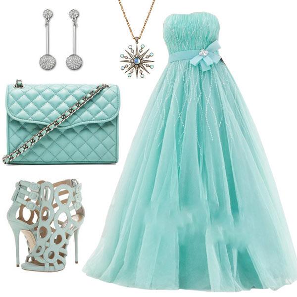Un outfit de couleur d'été - turquoise
