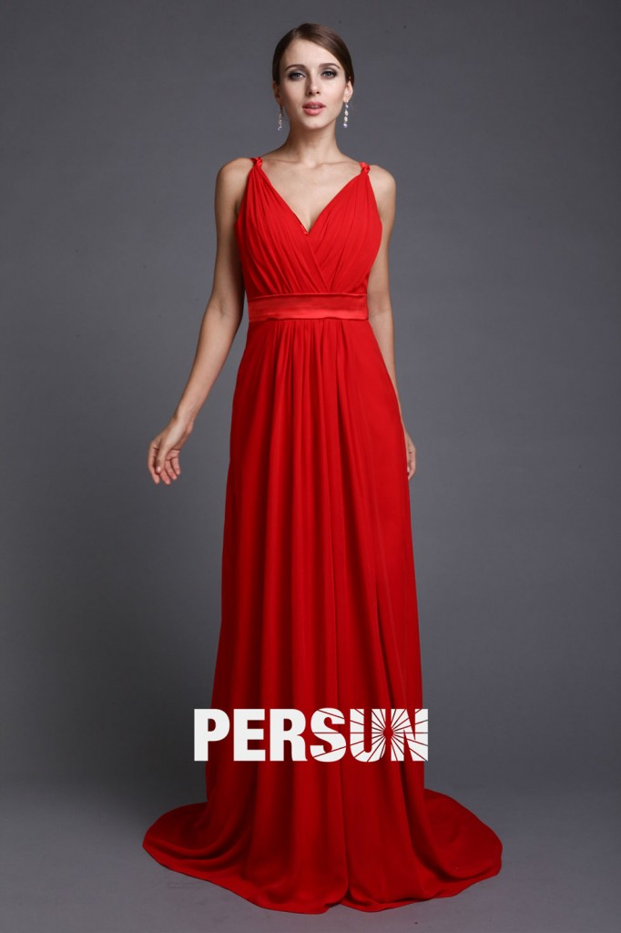 Robe rouge longue pour la fiançailles