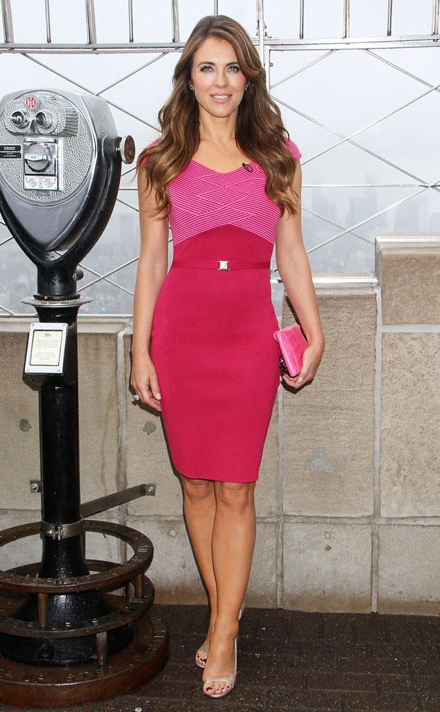 Elizabeth Hurley et sa robe rose