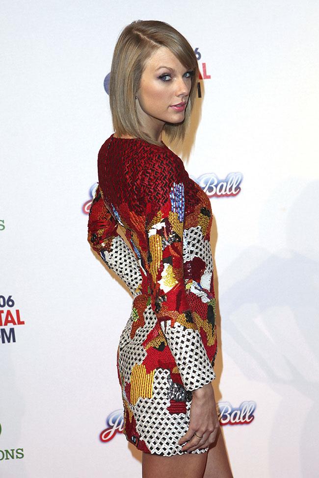 Taylor Swift a opté pour une tenue arty