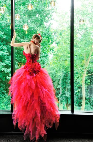 robe rouge pour un mariage thème rouge