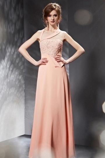 robe-de-soiree-longue-rose-asymetrique