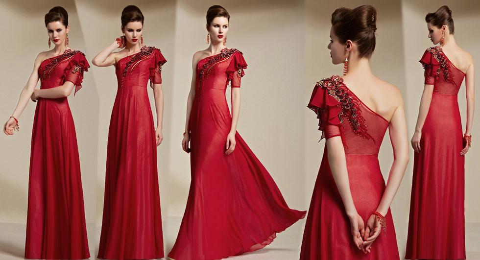 robe de cocktail asymétrique rouge embelli de fleurs et de paillettes