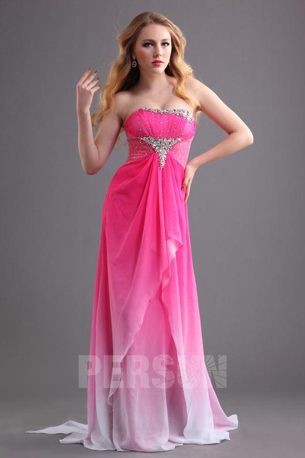 robe-de-bal-bustier-rose-bonbon