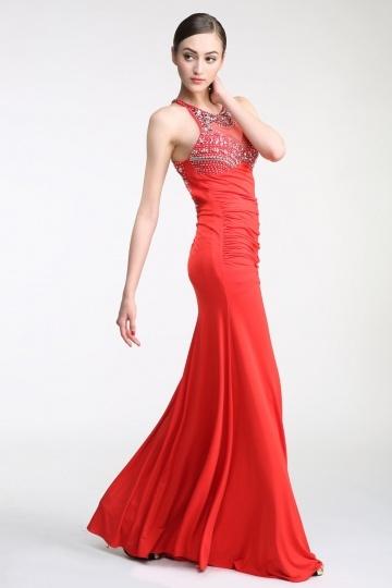 robe-rouge-fourreau