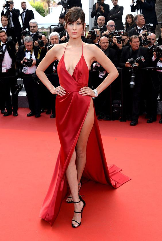 Robe de célébrité longue rouge sexy Bella Hadid à Cannes