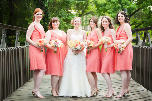 Robe cocktail de mariage rose corail courte