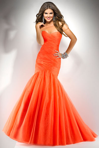 Robes de ceremonie orange