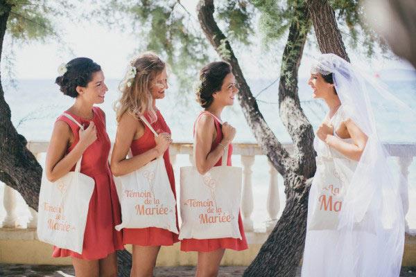 Robes demoiselles d'honneur rouges courtes pour mariage