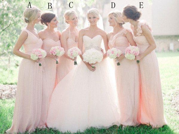 robes roses longues pour demoiselles d'honneur en différentes encolures
