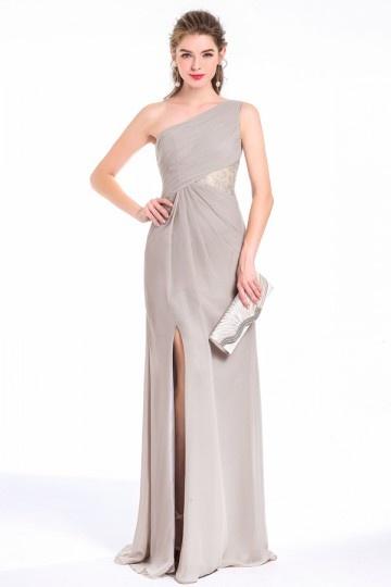 robe de soirée grise asymétrique avec fente