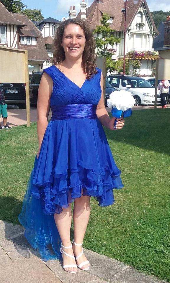 avis jmrouge de robe de soirée bleu courte col en V