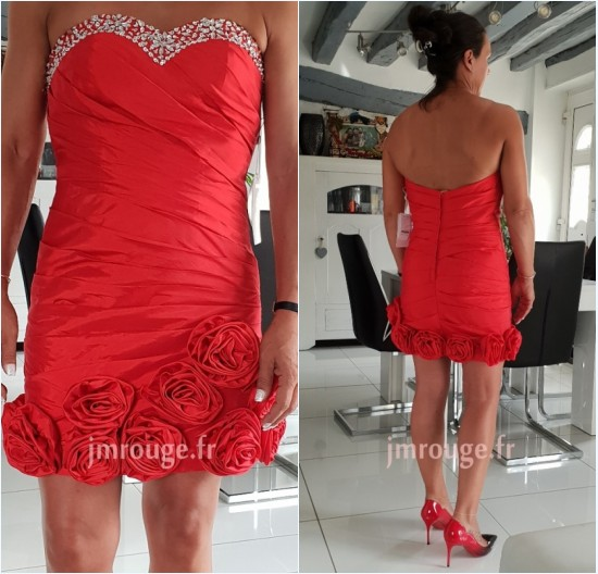 robe de cocktail rouge bustier coeur orné de strass