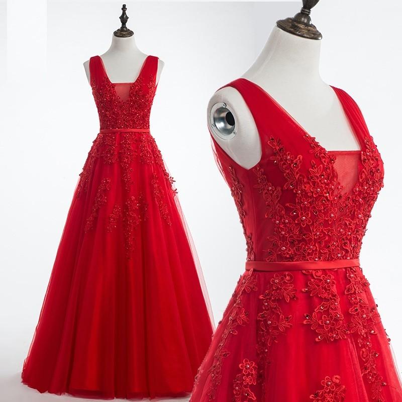 robe de soirée rouge princesse appliquée de dentelle