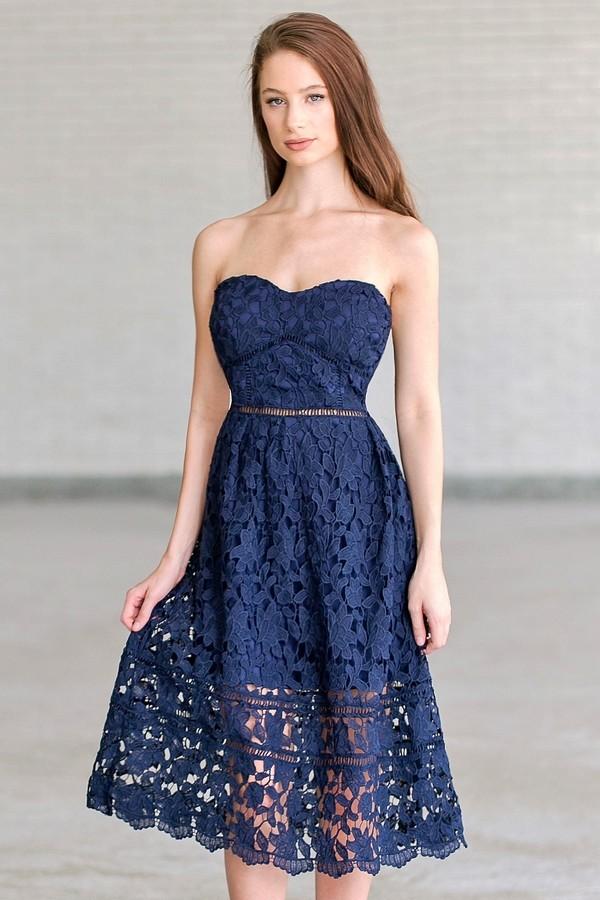 robe de soirée bustier coeur bleu en dentelle