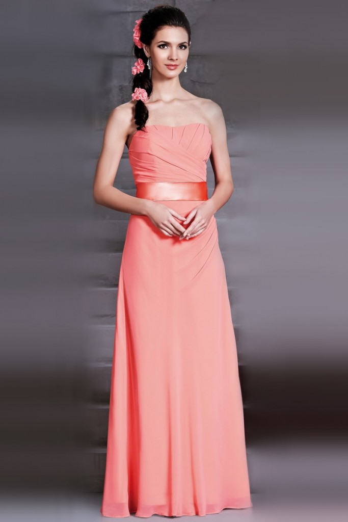 simple robe corail lohngue bustier droit pour demoiselle d'honneur