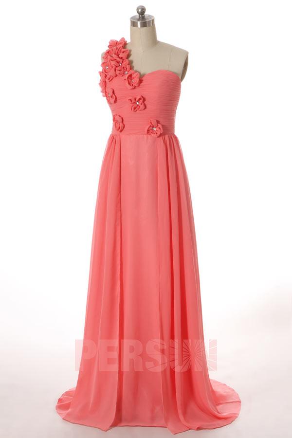 robe demoiselle d'honneur corail asymétrique orné de fleurs