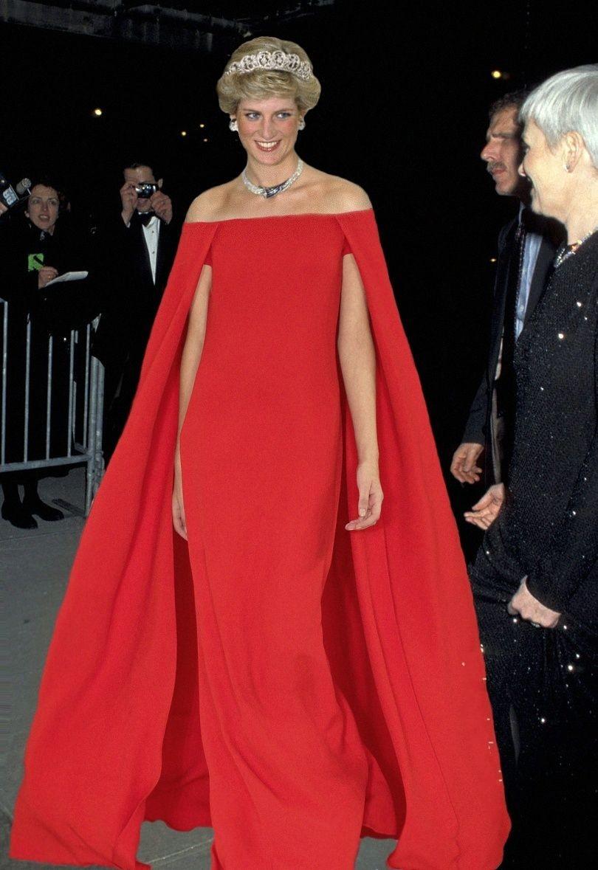 robe de soirée rouge longue de Diana