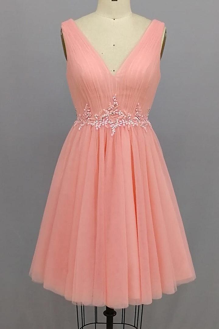 Robe demoiselle d'honneur courte rose saumon encolure v taille ornée de perles