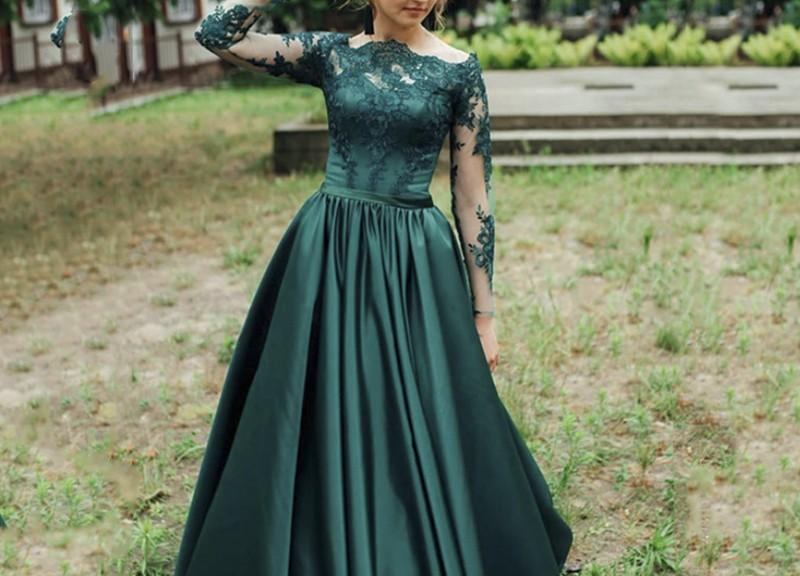 robe de soirée longue vert haut en dentelle appliquée à manches longue